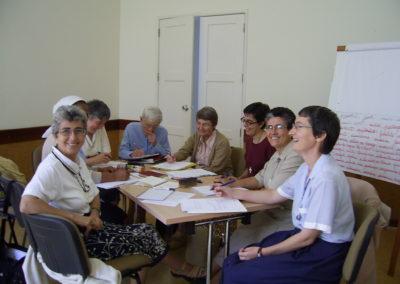 Spiritaines en réunion de travail.